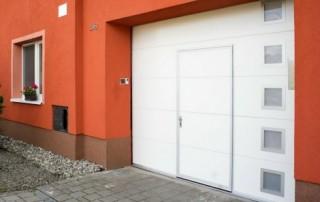 Vrata s integrovanými vstupními dveřmi č.2