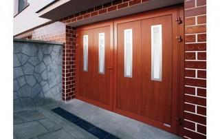 Dvoukřídlá garážová vrata č.1